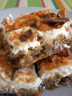 Butterfinger Blondies #recipe #dessert