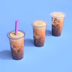 Talk Boba is home to the most engaging community around bubble tea. Aiming to continue the conversation with Asian American's with bubble tea and boba. Tea Gif, Bubble Tea Flavors, Coffee Poster, Milk Tea, Mortar And Pestle, Moscow Mule Mugs, Drinking Tea, Matcha, Bubbles