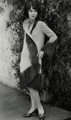 Maudelynn's Menagerie Tumblr:  Fay Wray 1928