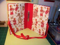 Carpeta Caperucita Roja. Papel italiano
