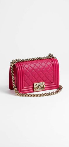 280eab0dee77 CHANEL Fashion - Handbags. Latest HandbagsFashion HandbagsChanel Boy  BagSmall ...