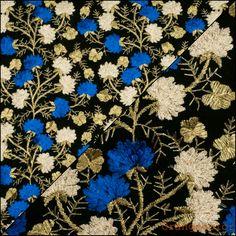 🌞🌞🌞 Плотная вышивка по тонкой сетке, дизайн Valentino. Подойдёт для летних платьев, юбок и маленьких топов.Сетка чёрного цвета.