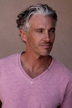 Hair men white silver foxes 20 new ideas Older Mens Hairstyles, Haircuts For Men, Trendy Hairstyles, Mature Male Hairstyles, Hairstyles Haircuts, Older Mens Fashion, Men's Fashion, Pink Fashion, Men With Grey Hair