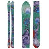Such nice skis!