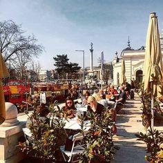 Good morning #Budapest! Have a great start of the week. travelwriter #travel #instatravel #travelgram #tourism #instago #passportready #travelblogger #wanderlust #ilovetravel #writetotravel #instatravelling #instavacation #travelblogger #instapassport @bestintravel #Budapest #VisitBudapest #GoToHungary #beautifulBUD behappy #goodlife #Love #instagood #photooftheday #beautiful #followme #picoftheday #instadaily #fun