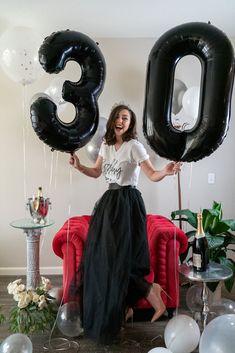 Adult cake smash photoshoot birthday ideas The Tattooed Bride Photography 30th Birthday Themes, 30th Birthday Ideas For Women, Birthday Balloons, Birthday Decorations, Birthday Goals, Cute Birthday Pictures, Birthday Photos, Thirty Flirty And Thriving, Adult Cake Smash