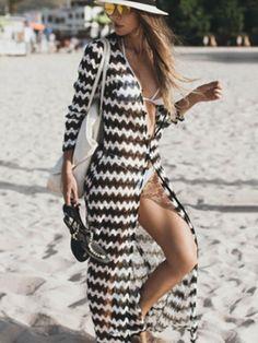 36 Chic Summer Outfits To Copy Asap Chic Summer Outfits, Beach Outfits, Summer Cardigan, Long Cardigan, Mode Boho, Bikini Cover Up, Beach Dresses, Dress Beach, One Piece Swimwear