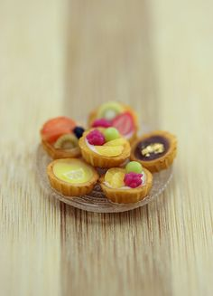 Fruit Tartlets - 1:12 Dollhouse Miniature Dessert
