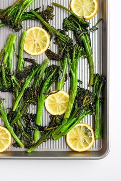 Super Simple Roasted Broccolini - the easiest and most delicious side dish for any meal! Whole 30 Snacks, Whole 30 Recipes, Vegetable Appetizers, Vegetable Recipes, Whole30 Dinner Recipes, Paleo Recipes, Healthy Side Dishes, Side Dish Recipes, Roasted Broccolini