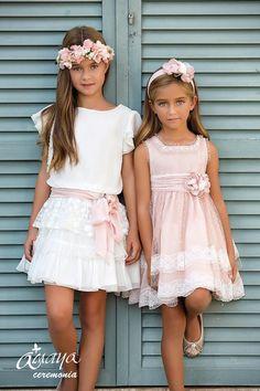 Craft Amaya, abiti - Italiano Newest Hair Design Fashion Kids, Little Girl Fashion, Cute Girl Dresses, Little Girl Dresses, Flower Girl Dresses, Baby Dress, The Dress, Paris Mode, Flower Girls