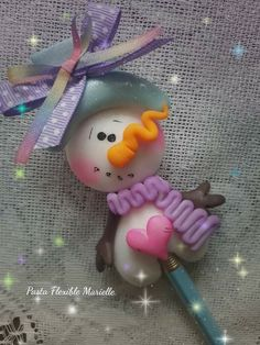 Christmas Pasta, Christmas Snowman, Christmas Ornaments, Clay Crafts For Kids, Jumping Clay, Cute Clay, Clay Figurine, Pasta Flexible, Polymer Clay Projects