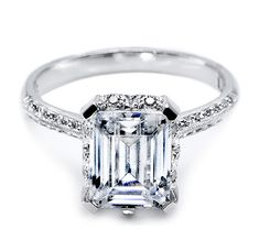 Emerald-Cut #Diamond E-Ring (Credits: photo from Engagement Ring Photos)