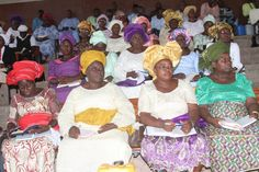 Deaconesses listening to the word