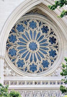 """Washington National Cathedral rose window from exterior; this is an example of a """"rose window""""; they often have stained glass Architecture Romane, Detail Architecture, Church Architecture, Beautiful Architecture, Beautiful Buildings, Cathedral Windows, Church Windows, Cathedral Church, Stained Glass Art"""