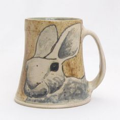 A show of nothing but cups and mugs from www. I love this type of show and the bunny is fantstic by artist Charlie Tafft Pottery Animals, Ceramic Animals, Pottery Mugs, Ceramic Pottery, Ceramic Cups, Ceramic Art, Clay Studio, Clay Mugs, Pottery Designs