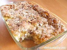 """""""Epleform med vaniljekrem"""" er en original og veldig god dessertkake, som er enkel å lage!"""