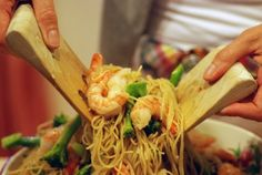 Frugal Feasts: Cheap and Easy Dinner Ideas: Garlic Shrimp and Broccoli