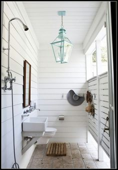 Coolest Outdoor Shower Room | Content in a Cottage...can this just be my every day shower?