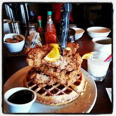 If there is something that Portland does right, it's BRUNCH. Screen Door's brunch game is on point. Like any other breakfast spot in PDX, there will be a wait, BUT it's well-worth it. Their fried chicken and waffle is bomb.com. Go get it! Tips: For breakfast, try to be there right when it opens. For dinner, put your name then go across the street to Matador for a drink while you wait.