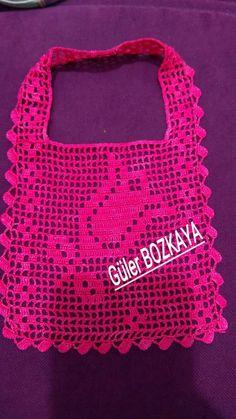 Mutfak önlüğü Crochet Baby Bibs, Crochet Baby Sandals, Crochet Towel, Baby Blanket Crochet, Crochet Art, Cute Crochet, Crochet Bedspread Pattern, Crochet Bikini Pattern, Baby Knitting Patterns