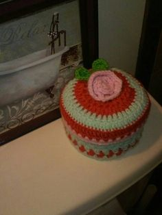 Hey, I found this really awesome Etsy listing at https://www.etsy.com/listing/464338023/crochet-toilet-paper-coverrose-tissue