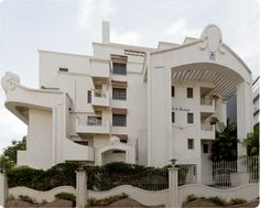 search for ultra luxury apartments with all amenities for sale in mg road bangalore.