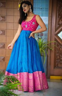 Indian Fashion Dresses, Frock Fashion, Dress Indian Style, Indian Outfits, Long Gown Dress, Long Frock, Saree Gown, Sari Dress, Lehenga Saree Design