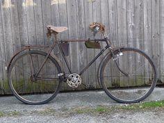 Old Bicycle, Old Bikes, Touring Bicycles, Wheeling, Cycling, Bicycles, German, Old Motorcycles, Biking