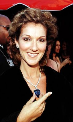 Celine Dion, 1998 Oscars w the heart of the ocean necklace