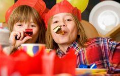 Un atelier de confection de chapeaux pour les enfants de votre arbre ou marché de Noël ? Une animation peu onéreuse qui permettra aux enfants de repartir avec un souvenir ? Cliquez sur l'image pour en savoir plus.