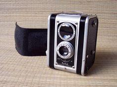 1947 Kodak Duaflex #vintage #camera~ I have this one ;)