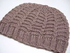 This Climbing Frame Hat is an interesting hat knitting pattern that is sure to produce a fun result. Perfect for the beginner knitter up for a bit of a challenge while learning how to knit a hat, this neutral knit hat will go with anything, keeping you warm and looking utterly stylish as you brave the chilly outdoors.