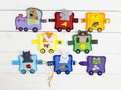 Finger puppet Sensory buckle toy Puppet theatre Train toy