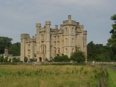 Duns castle is located in Berwickshire. The castle, which was built around a 14th century tower given by King Robert the Bruce to the Earl of Moray. The eldest part is a Norman keep from 1320. The castle is well known place used for marriages today.
