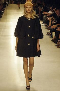 Burberry Spring 2006 Ready-to-Wear Collection Photos - Vogue