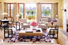Bette Midler's New York Penthouse Architectural Digest New York Penthouse, Manhattan Penthouse, Manhattan Apartment, York Apartment, Apartment View, Apartment Living, Bette Midler, Architectural Digest, Living Area