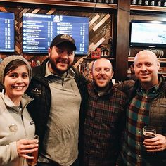 Team love in Tacoma at @peaksandpints for Best of the West Craft Breweries! Swing by for a pint of Wonderland Trail IPA. #beer #craftbeer #drinkWAbeer #brewery #craftbeerlife #twobeersbrewing #beerstagram #coworkers #teamworkmakesthedreamwork #Seattle #washington #washingtonstate