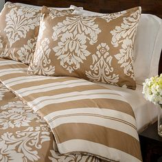 Havana Floral Reversible 3-piece Duvet Cover Set | Overstock.com Shopping - Great Deals on Duvet Covers