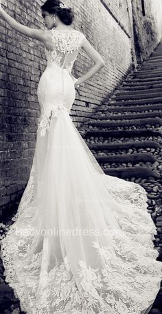 Lace Mermaid SleeveLess Wedding Dresses Buttons Court Train 2015 Bridal Gowns,Lace Wedding Dress With Long Train