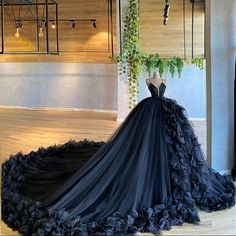 Pretty Quinceanera Dresses, Pretty Prom Dresses, Unique Prom Dresses, Dream Wedding Dresses, Wedding Gowns, Amazing Dresses, Custom Dresses, Formal Dresses, Elegant Ball Gowns