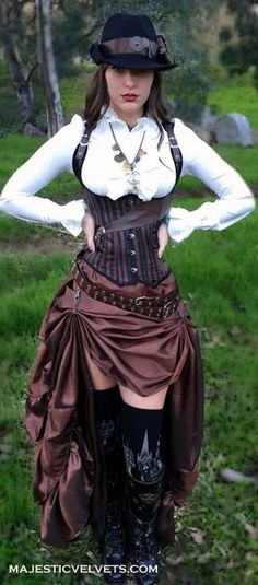 Steampunk or pirate dress: Steampunk under-bust brown and black striped satin corset with faux leather trim. Taffeta ruffled skirt.