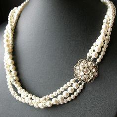Bridal Pearl Necklace Statement Wedding Necklace door luxedeluxe, $118.00