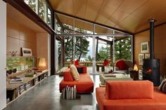 The Seattle Times: Gordon Walker designs a house for the future