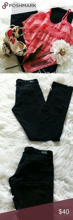 """SALE Black Paige Blue Heights Premium Denim Awesome Black Paige Blue Heights Premium Denim 32"""" Inseam 7 1/2"""" Rise Great Condition Paige Jeans Jeans Straight Leg"""