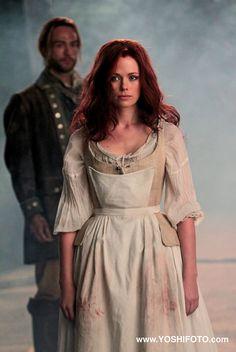 Katrina and Ichabod - Sleepy Hollow