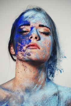 It may appear women are supposed to wear makeup & plaster themselves in colours & textures as a way of expressing gender.