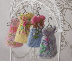 Amelia Thimble's New Dresses from the Garden