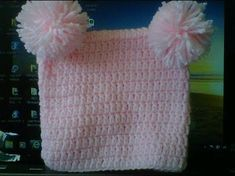 How to #Crochet a square beanie with 2 pom poms - change the look by adding giant pom poms.