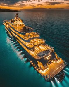 You ever traveled in a yacht before? Tag someone you'd love to go with.You ever traveled in a yacht before? Tag someone you'd love to go with 📷 ------ Daily Posts ------ Yacht Design, Boat Design, Luxury Yacht Interior, Luxury Cars, Super Yachts, Yacht Outfit, Grand Luxe, 3d Modelle, Cool Boats