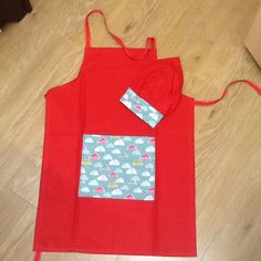 Childs apron and chef hat x 1
